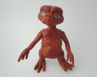 E.T. Japanese Vintage Figure 1 (Ref P)