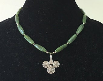 Hill tribe silver and green adventurine necklace with sterling pendant