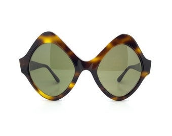 Genuine Vinatge 1970s Look Of London Sunglasses // Handmade in England // New Old Stock