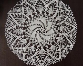 "New handmade crochet doily 12"" / Lace doily / Table mat /  Tapete ganchillo artesanal"