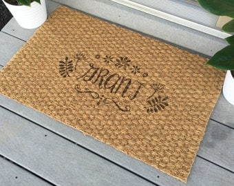 Personalized Welcome Mat - Custom Door Mat, Monogram Door Mat, Housewarming Gift, 'Grant' Style, 35 in. x 23 in.
