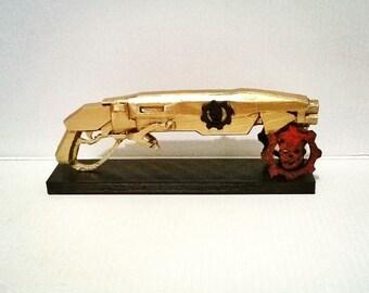 Gnasher Gears of War replica 3D printed 16 cm (6.2 in)
