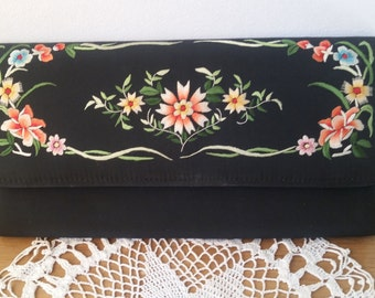 Vintage embroidered silk clutch, floral evening bag,black silk purse, elegant handbag.