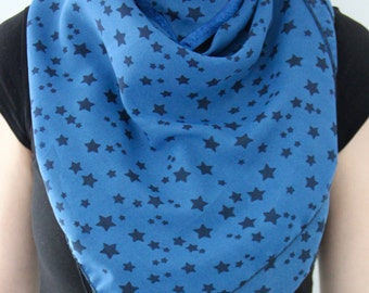 Scarf starred