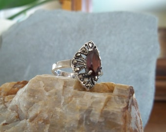 Vintage Sterling Silver, Garnet and Marcasite Ring