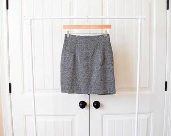 vintage speckled static gray mini skirt white black stretch 26 small