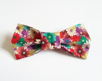 Dog bow tie, Floral dog bow tie, Flower dog bow tie, Dog bowtie, Cat bow tie, Daisy dog collar, dog clothing, dog accessories, Dog bows