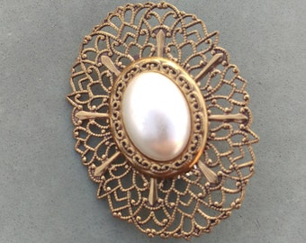 Vintage Mother of Pearl Brooch is a real classic, Filigree, pearl, Victorian, Art Deco, suit lapel, coat pin, scarf pin, Welcome Spring
