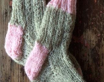 BABY WORK SOCKS, newborn socks, pink, baby girl socks, baby socks, hand knitted baby socks, socks that stay on, gift for baby