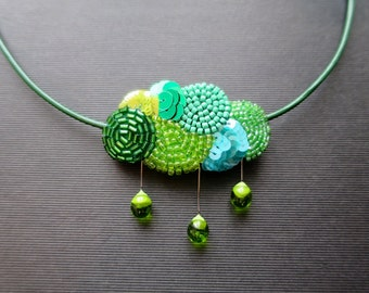 In the clouds - embroidered collar green embroidery Haute-Couture - jewel Textile - mother