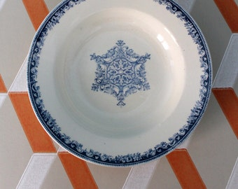 BORDEAUX old Garland - 2 old soup plates - diam.22cm - french ironstone - land of iron-AST160398