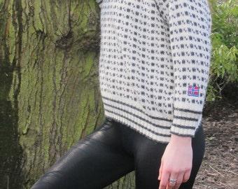 Women Montagne Sweater