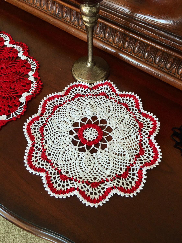 Round lace doily crochet doily farmhouse decor vintage - Crochet mural vintage ...