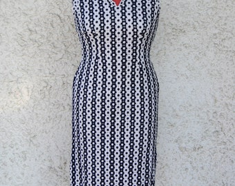 1960 flower lace dress