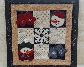 Wool Pattern Digital, 1609 Snow Buddies, Wool Applique on Cotton, Mini Quilt