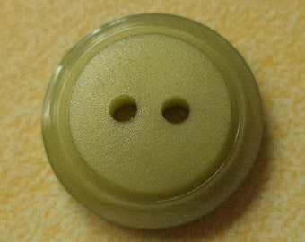 12 buttons green olive green 15mm (667) button