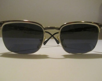 Vintage Sunglasses Police Sunglasses made in Italy NEW year 1990 with 541 2236 NEW mod