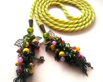 """Beaded lariat necklace """"Butterfly"""". Handmade jewelry"""