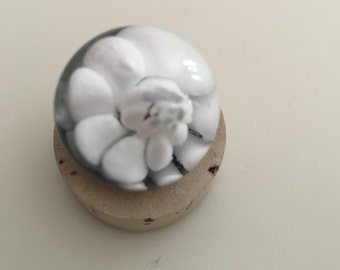 White implosion marble