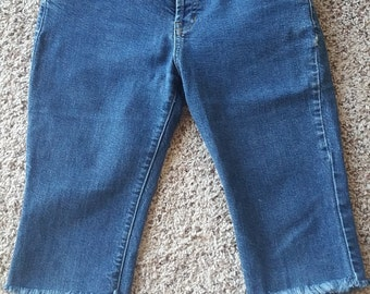 Authentic Vintage 1996 Roxyjean Quiksilver Denim Capri Shorts