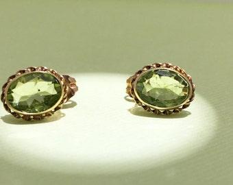 Vintage 14kt yellow gold peridot earrings