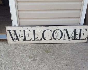 Barn board Welcome sign