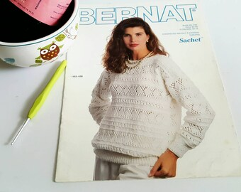 1989 Bernat Book #690 3 Worsted Weight Fashions Sweater Knitting Pattern Book