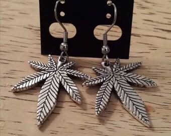 Marijuana pot leaf, silver color Necklace/Earring / earring/necklace silver pot leaf Marijuana earring
