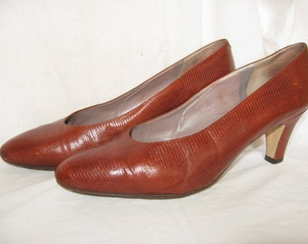 1980s Rangoni of Florence Italian Leather Pumps Size 7 1/2