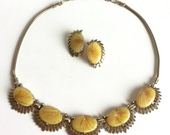 Vintage Honey Yellow Art Glass Necklace & Earrings Set, Rare Signed Sherman Demi Parure, Goldenrod Ovals, Gold Glitter, Petals, Snake Chain