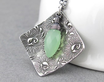 Unique Silver Necklace Apple Green Necklace Modern Jewelry Handmade Jewelry Mother's Day Gift Idea for Women Bohemian Jewelry  - Contrast