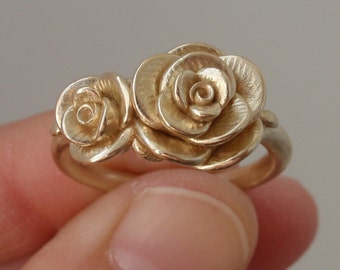Solid 14K, Double-Rose Ring (Size 9.5)   Handsculpted, Cast Ring in 14K Yellow Gold   Mother's Ring   Engagement   Wedding