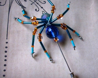 Orb Weaver Spider Wearable Art Glass Spider pin