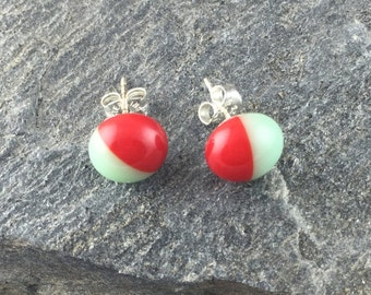 Fused Glass Stud Earrings in Red and Mint. Simple Earrings. Modern Fused Glass Jewelry. Tiny Studs. Trendy Jewelry. Handmade glass.
