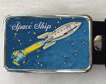Rocket Ship Belt Buckle.  Belt buckles for men and women.  Mens birthday gift  Graduation present.