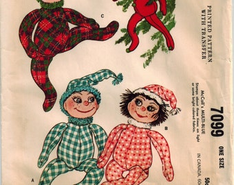 """60's Christmas Pixie Doll Holiday Decorations Vintage Sewing Pattern McCall's 7099 Elves Elf Dolls Stuffed Sock Heads Fabric Bodies 16"""" tall"""