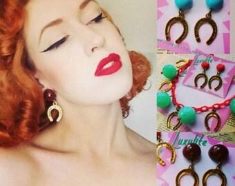 YEEEE-HAW! 1940s bakelite inspired Horseshoes Western themed novelty earrings handmade by Luxulite