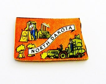 1960s North Dakota Brooch - Pin / Unique Wearable History Gift Idea / Upcycled Vintage Hand Cut Wood Jewelry / Timeless Gift Under 25