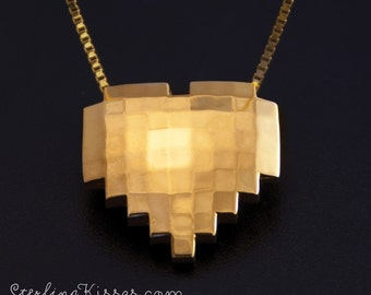 8-bit Heart Pendant in 14kt Yellow Gold