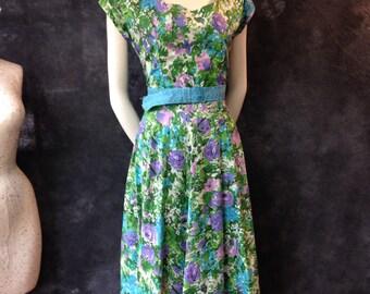 """50's Brentwood floral cotton dress. 29"""" waist."""