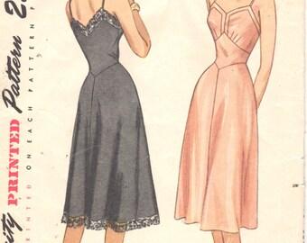 Simplicity 2220 1940s Misses Full Slip Pattern V Neck V Back Midriff Inset Womens Vintage Sewing Pattern Size 16 Bust 34