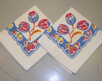 Vintage Napkins Pair of Pretty Tulips