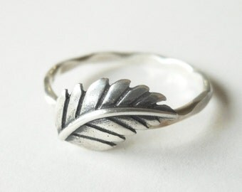 Fern Leaf Stacker Ring - Sterling Silver - Leaf Ring - Nature - Protection - Promise Ring - Hammered Band - Stacking Ring