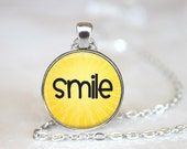 Smile Changeable Magnetic Pendant Necklace with Organza Bag
