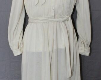 Vintage Discovery Fashions Ltd. Dress, Beige, Long Sleeve, Size 14, 1970's
