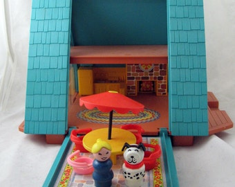 1974 Fisher Price A-Frame Chalet house