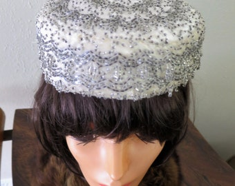 1960s Ivory/Silver beaded pill box hat