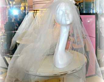 Vintage Wedding Veil, White Flowers, Tiny Beaded Stems, Medium Length, 36 inches long