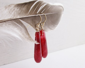 Cranberry Agate Drops. Long Smooth Teardrops. Gold Fill. Simple Elegant Dangles. Ruby Red. Red Stone Dangles. Modern Simple Stones. For Her.
