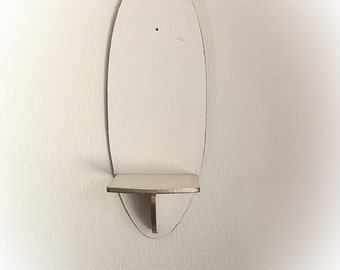 Vintage White and Gold Wood Oval Shelf Wall Hanging